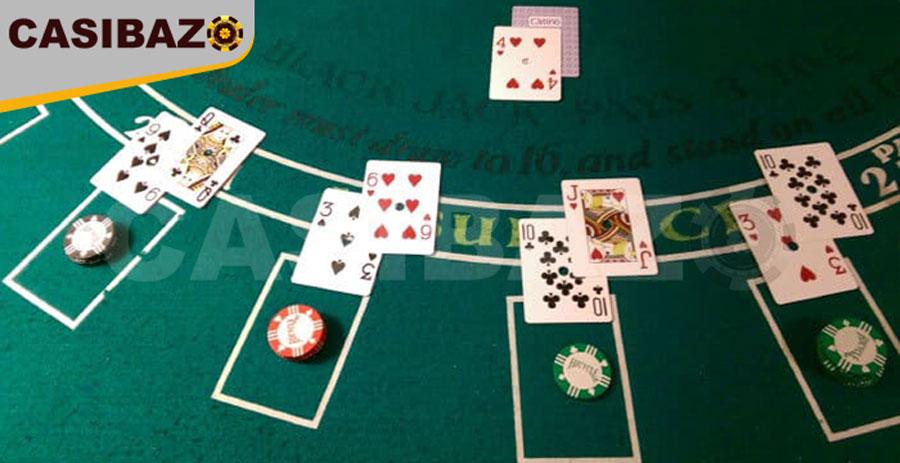 دیلر کارتها را پخش میکند